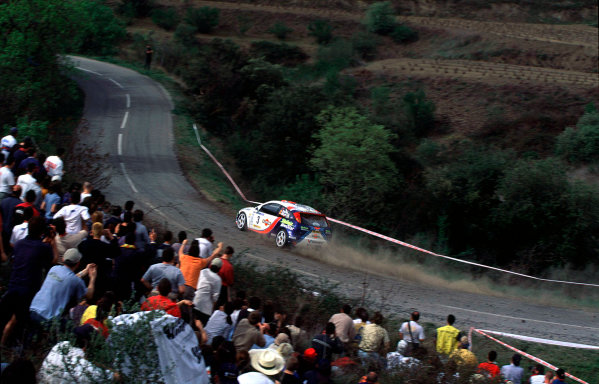 2001 World Rally Championship. Catalunya Rally, Spain. 22nd - 25th March 2001. Rd 4. Carlos Sainz / Louis Moya, Ford Focus RS WRC 01, action. World Copyright: McKlein / LAT Photographic. Ref: A10