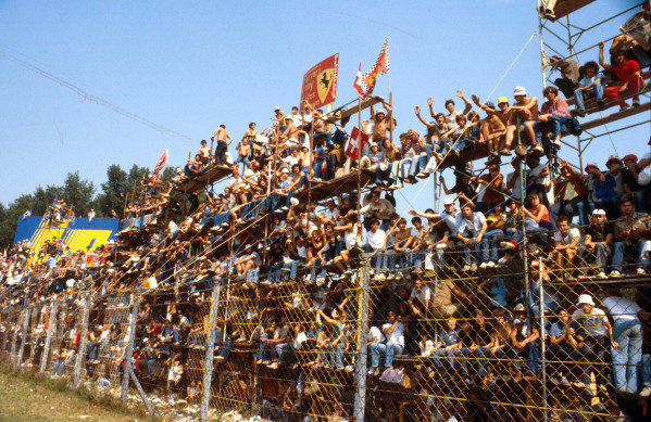 1979 Italian Grand Prix.Monza, Italy.7-9 September 1979.The tifosi out in force to support the Ferrari boys.Ref-79 ITA 06.World Copyright - LAT Photographic