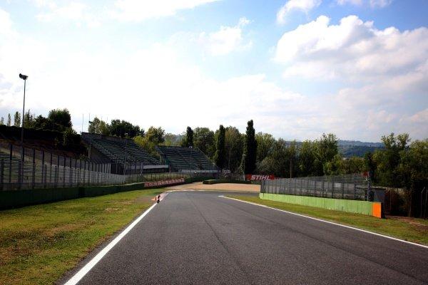 Looking back towards Tosa.Imola Track Walk, Imola, San Marino, Thursday 17 September 2009.