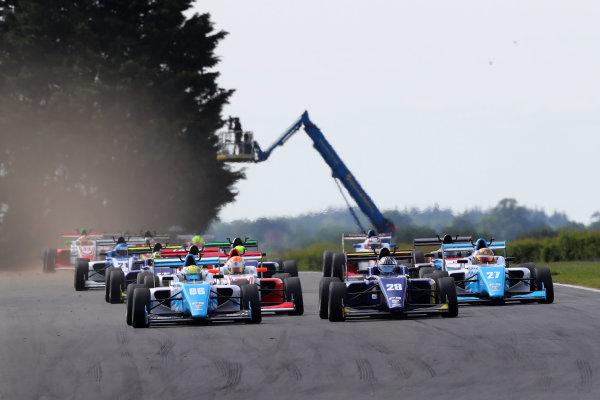 2017 BRDC British Formula 3 Championship, Snetterton, 27th-28th May 2017, Start of the race, Jordan Cane (GBR) Douglas Racing BRDC F3 leads World copyright. JEP/LAT Images