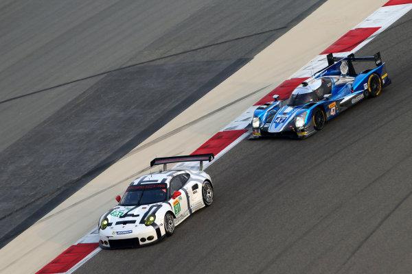 2015 FIA World Endurance Championship, Bahrain International Circuit, Bahrain. 19th - 21st November 2015. Richard Lietz / Michael Christensen Porsche Team Manthey Porsche 911 RSR. World Copyright: Jakob Ebrey / LAT Photographic.