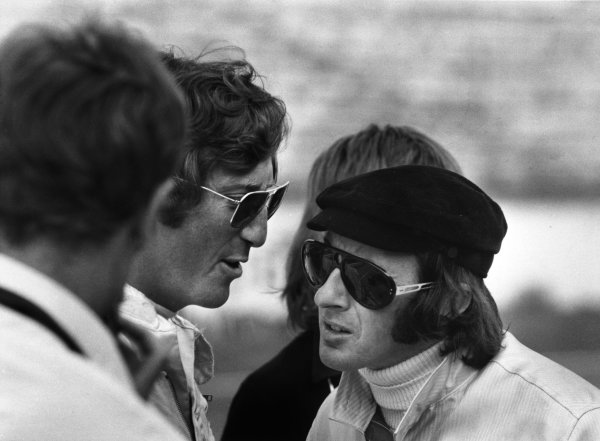 Monza, Italy. 6 September 1970.Jochen Rindt, Lotus 72-Ford, fatal accident in practice, talks to Jackie Stewart, March 701-Ford, 2nd position, portrait.World Copyright: LAT PhotographicRef: 1324D/10A