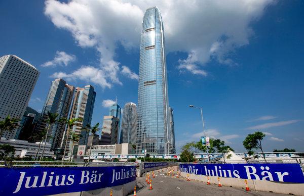 2016/2017 FIA Formula E Championship. Hong Kong ePrix, Hong Kong, China. Thursday 6 October 2016. A view of the circuit. Photo: Zak Mauger/LAT/Formula E ref: Digital Image _X0W0801