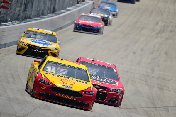 Monster Energy NASCAR Cup Series AAA 400 Drive for Autism Dover International Speedway, Dover, DE USA Sunday 4 June 2017 Joey Logano, Team Penske, Shell Pennzoil Ford Fusion, Jamie McMurray, Chip Ganassi Racing, McDonald's Chevrolet SS World Copyright: John K Harrelson LAT Images ref: Digital Image 17DOV1jh_06180