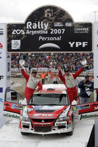 2007 FIA World Rally Champs. Round 6Rally Argentina, 3 May - 6 May Fredirico Villagra, Mitsubishi, podiumWorld Copyright: McKlein/LAT