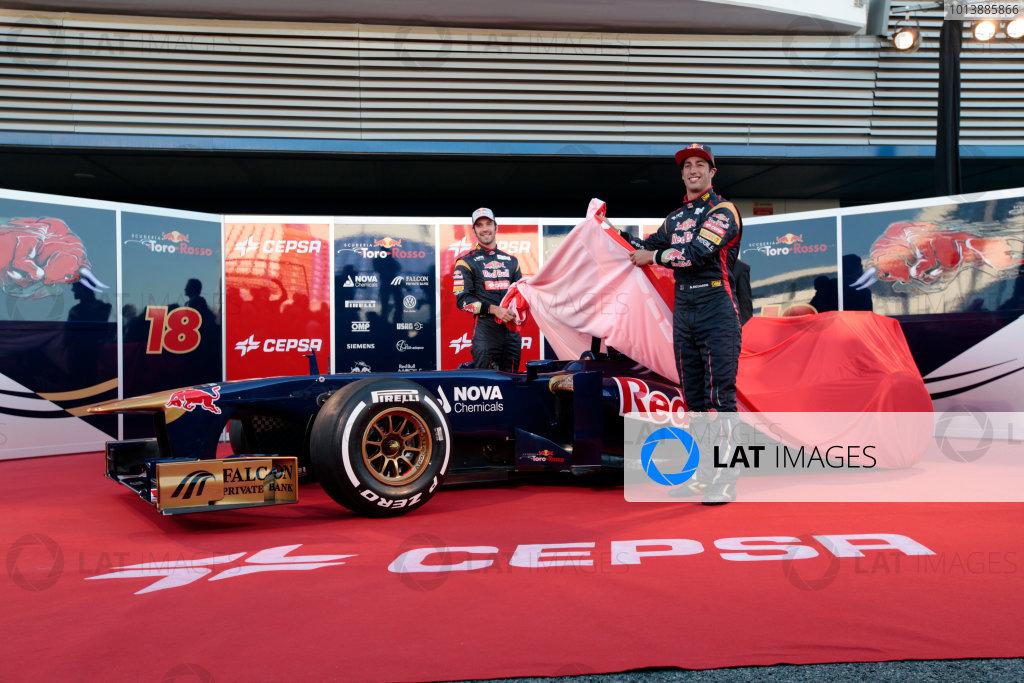 Toro Rosso STR8 Launch