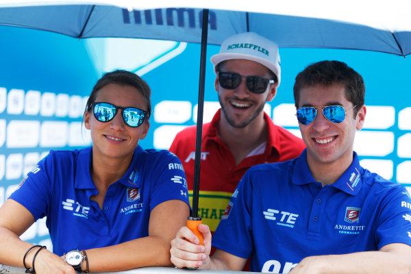 2015/2016 FIA Formula E Championship. Putrajaya ePrix, Putrajaya, Malaysia. Friday 6 November 2015. Simona De Silvestro (SUI), Andretti - Spark SRT_01E, Daniel Abt (GER), ABT Audi Sport FE01 and Robin Frijns (NLD), Andretti - Spark SRT_01E. Photo: Zak Mauger/LAT/Formula E ref: Digital Image _L0U9980