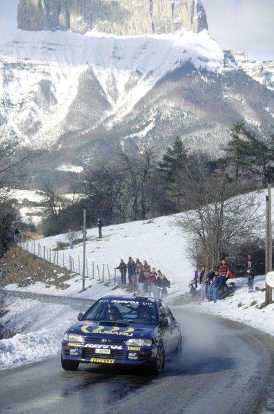 1995 World Rally Championship.Monte Carlo Rally, Monaco. 22-26 January 1995.Carlos Sainz/Luis Moya (Subaru Impreza 555), 1st position.World Copyright: LAT PhotographicRef: 35mm transparency 95RALLY01