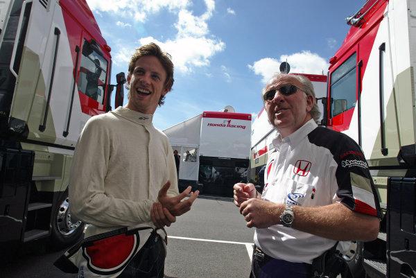 2004 British Grand Prix - Friday Practice,Silverstone, Britain. 09th July 2004 Jenson Button, BAR Honda 006, with David Richards, BAR Honda, portrait.World Copyright: Steve Etherington/LAT Photographic ref: Digital Image Only