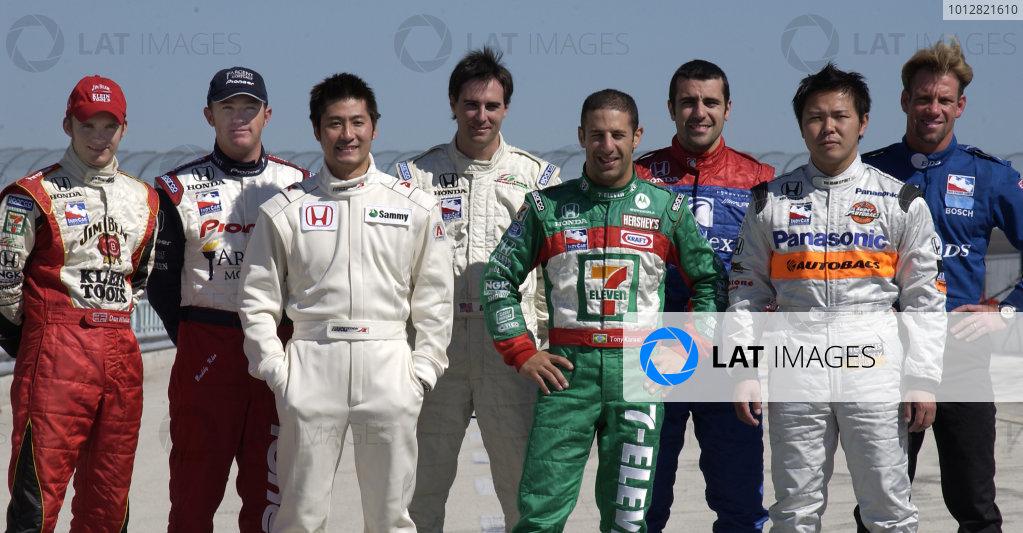 2004 IRL IndyCar Spring Testing Action