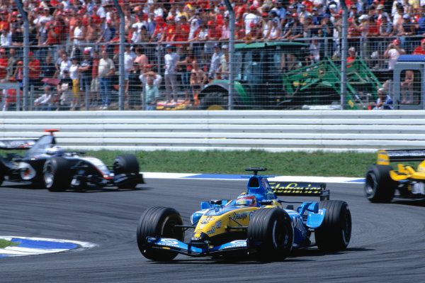 2004 German Grand PrixHockenheim, Germany. 23rd - 25th July.Fernando Alonso, Renault R24. Action. World Copyright:Peter Spinney/LAT Photographic Ref:35mm Image:A11