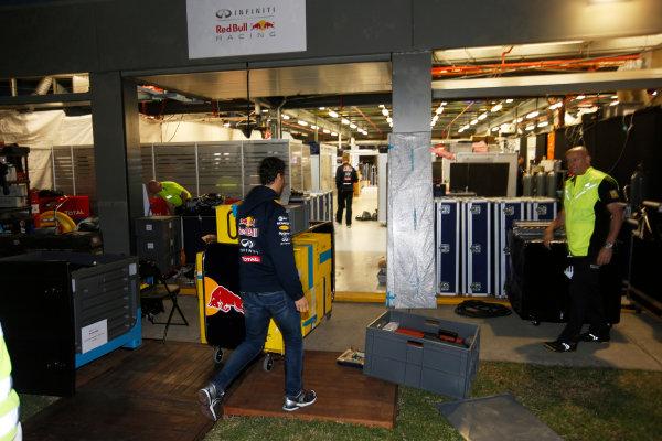 Albert Park, Melbourne, Australia. Sunday 16 March 2014. Daniel Ricciardo, Red Bull Racing. World Copyright: Charles Coates/LAT Photographic. ref: Digital Image _J5R6454