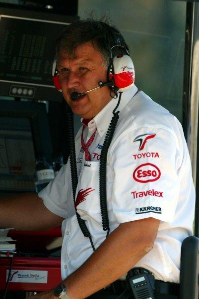 Norbert Kreyer (GER) Toyota Senior General Manager of Race and Test Engineering.Formula One World Championship, Rd13, Hungarian Grand Prix, Hungaroring, Hungary, 23 August 2003.DIGITAL IMAGE