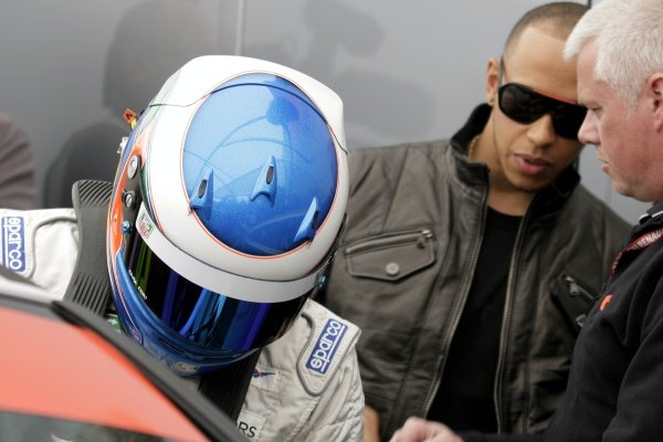 L-R: Nicolas Hamilton (GBR), Total Control Racing, making his Renault Clio Cup racing debut this weekend, with brother Lewis Hamilton (GBR), McLaren. Renault Clio Cup, Rd1, Brands Hatch, England, 2 April 2011.