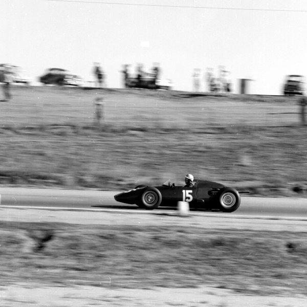 1960 United States Grand Prix.Riverside, California, USA.18-20 November 1960.Jo Bonnier (BRM P48) 5th position.Ref-7431.World Copyright - LAT Photographic