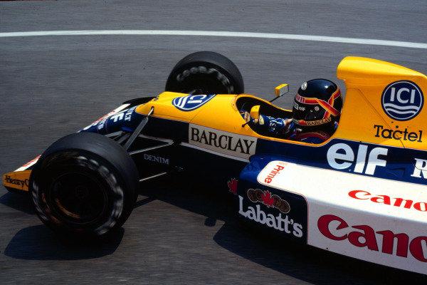1990 United States Grand Prix.Phoenix, Arizona, USA.9-11 March 1990.Thierry Boutsen (Williams FW13B Renault) 3rd position.World Copyright - LAT Photographic