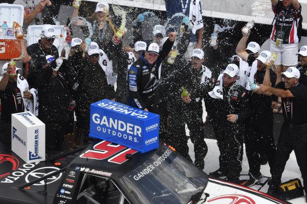 #16: Austin Hill, Hattori Racing Enterprises, Toyota Tundra Hino, AISIN Group celebrates his win