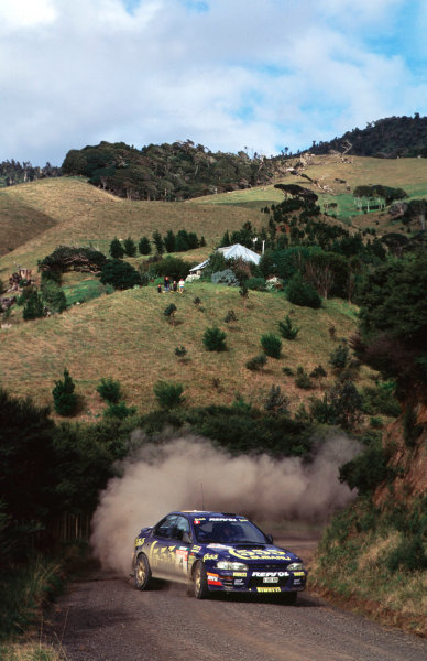 1994 World Rally Championship.Rally New ZealandColin McRae/Derek Ringer (Subaru Impreza 555), 1st position.World - LAT Photographic