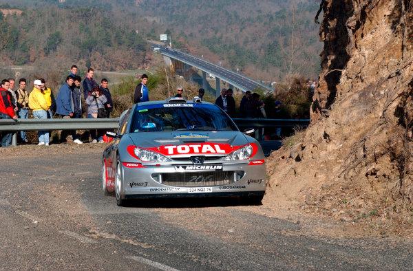 2002 World Rally ChampionshipRally Catalunya, 21st-24th March 2002.Gilles Panizzi during shakedown.Photo: Ralph Hardwick/LAT