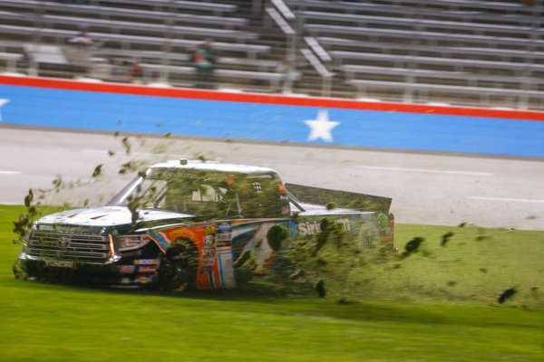 #4: Todd Gilliland, Kyle Busch Motorsports, Toyota Tundra JBL/SiriusXM slides through the grass