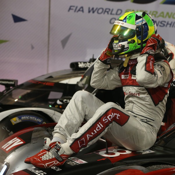 2016 FIA World Endurance Championship, Bahrain International Circuit, 17th-19th November 2016, Lucas di Grassi - Audi Sport Team Joest Audi R18 World Copyright. Jakob Ebrey/LAT Photographic