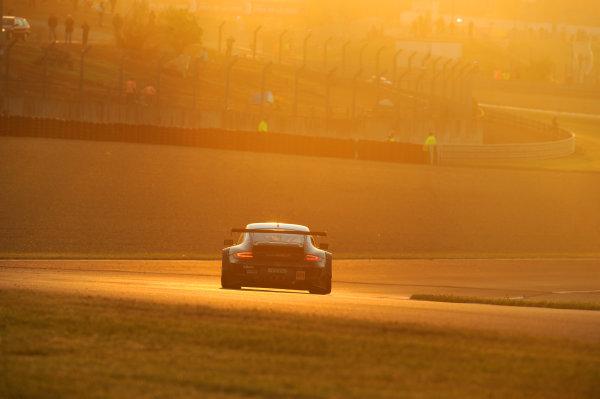 Circuit de La Sarthe, Le Mans, France. 13th - 17th June 2012. RacePaul Daniels/Markus Palttala/Joel Camathias, JWA-AVILA, No 55 Porsche 911 RSR (997). Photo: Jeff Bloxham/LAT Photographic. ref: Digital Image DSC_4649