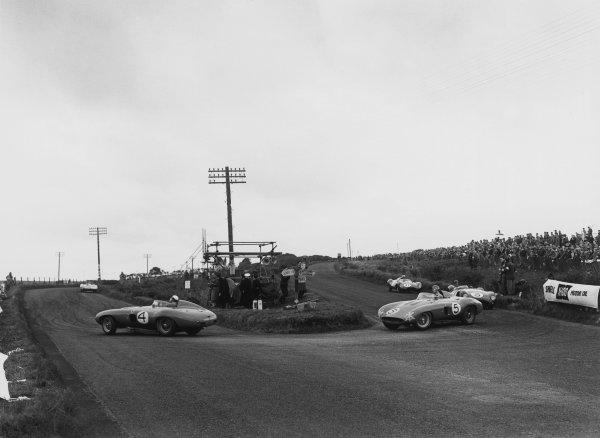 Dundrod, Northern Ireland. 17th September 1955.Eugenio Castellotti/Piero Taruffi (Ferrari 857 Monza), 6th position, leads Umberto Maglioli/Maurice Trintignant (Ferrari 857 Monza), 8th position, action. World Copyright: LAT Photographic.Ref:  B/W Print.