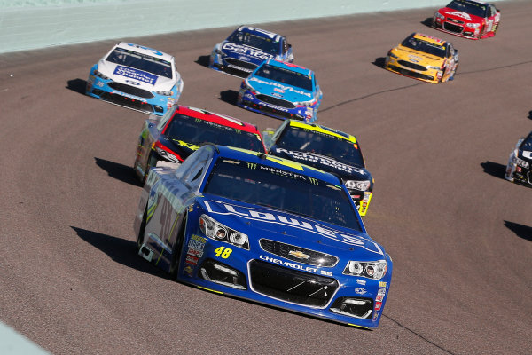 Monster Energy NASCAR Cup Series Ford EcoBoost 400 Homestead-Miami Speedway, Homestead, FL USA Sunday 19 November 2017 Jimmie Johnson, Hendrick Motorsports, Lowe's Chevrolet SS and Erik Jones, Furniture Row Racing, 5-hour ENERGY Extra Strength Toyota Camry World Copyright: Russell LaBounty LAT Images
