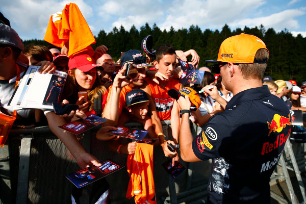 Spa Francorchamps, Belgium.  Thursday 24 August 2017. Max Verstappen, Red Bull Racing, signs autographs for fans. World Copyright: Andy Hone/LAT Images  ref: Digital Image _ONZ8483