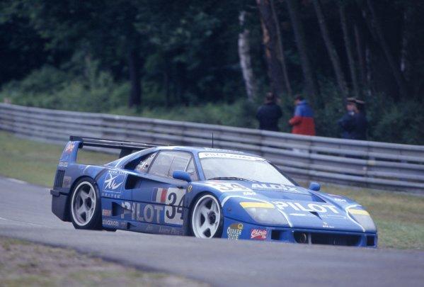 1995 Le Mans 24 Hours.Le Mans, France. 17th - 18th June 1995.Michel Ferte/Olivier Thevenin/Carlos Palau (Ferrari F40 LM), 12th position, action.World Copyright: LAT Photographic.Ref: 35mm colour transparency.