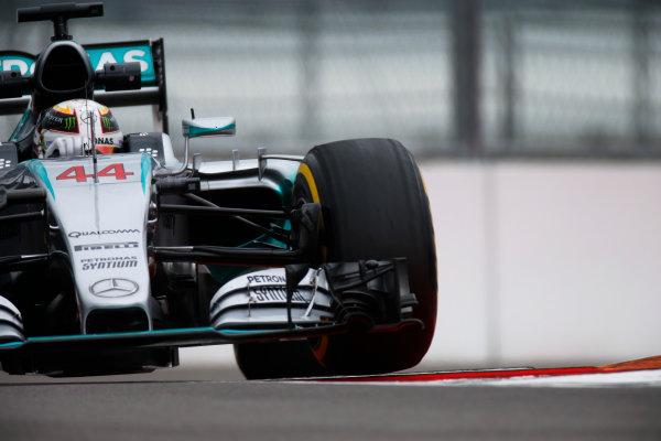Sochi Autodrom, Sochi, Russia. Friday 09 October 2015. Lewis Hamilton, Mercedes F1 W06 Hybrid. World Copyright: Glenn Dunbar/LAT Photographic. ref: Digital Image _W2Q9624
