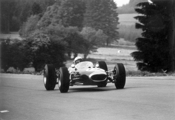 1965 Belgian Grand Prix.Spa-Francorchamps, Belgium. 11-13 June 1965.Jack Brabham, Brabham BT11, 4th position, action.World Copyright - LAT Photographicref: 1051#23a