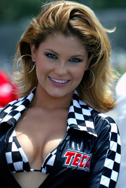 A lovely lady. Champ Car World Series, Rd3, Tecate Grand Prix, Fundidora Park, Monterrey, Mexico, 19-21 May 2006. DIGITAL IMAGE