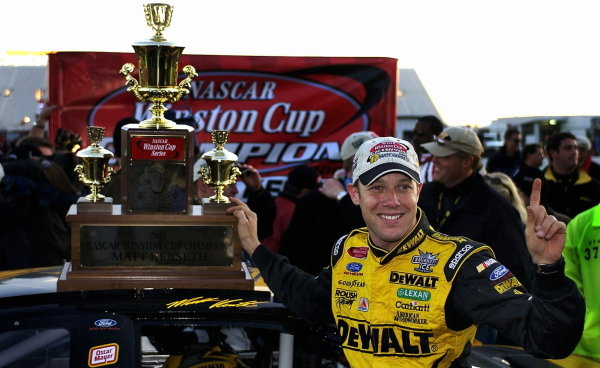 Matt Kenseth (USA), Smirnoff Ice/DeWalt Ford, celebrates winning the final Winston Cup. 