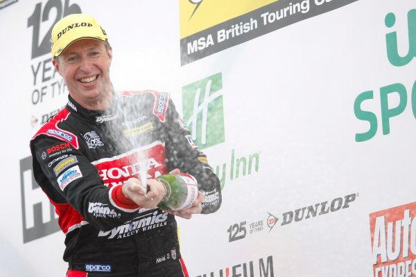 2013 British Touring Car Championship, Thruxton, Hampshire, 4th and 5th May 2013, Matt Neal (GBR) Honda Yuasa Racing Honda Civic World Copyright. Jakob Ebrey/LAT Photographic