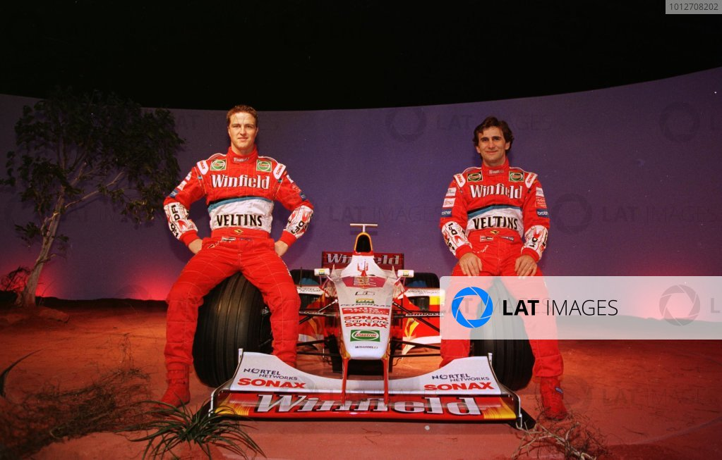 25.01 99-Winfield Williams F1 LaunchDriver Ralf Schumacher with new team mate Alex Zanardi at the launch of the new FW21 Winfield Williams Formula One Car.Pic Steve Etherington.