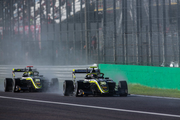 AUTODROMO NAZIONALE MONZA, ITALY - SEPTEMBER 08: Felipe Drugovich (BRA, Carlin Buzz Racing) and Logan Sargeant (USA, Carlin Buzz Racing) during the Monza at Autodromo Nazionale Monza on September 08, 2019 in Autodromo Nazionale Monza, Italy. (Photo by Joe Portlock / LAT Images / FIA F3 Championship)