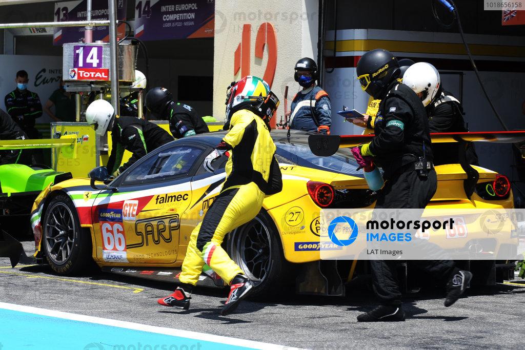 #66 Ferrari F488 GTE EVO / JMW MOTORSPORT / Jody Fannin / Andrea Fontana / Rodrigo Sales