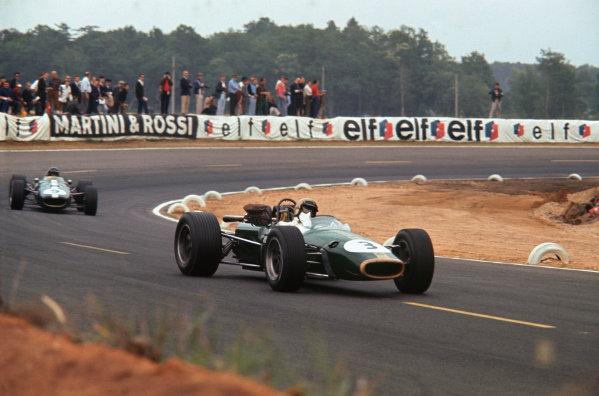 Bugatti Circuit, Le Mans, France. 30/6-2/7 1967. Jack Brabham (Brabham BT24 Repco) 1st position, leads Dan Gurney (Eagle T1G-Weslake) retired. Ref-67 FRA 04. World Copyright - LAT Photographic
