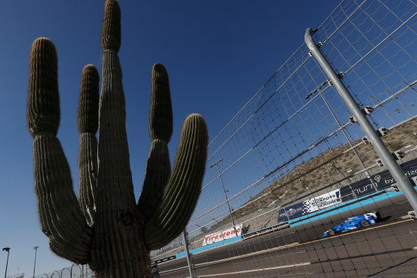 Verizon IndyCar Series Desert Diamond West Valley Phoenix Grand Prix Phoenix Raceway, Avondale, AZ USA Friday 28 April 2017 Tony Kanaan, Chip Ganassi Racing Teams Honda World Copyright: Michael L. Levitt LAT Images