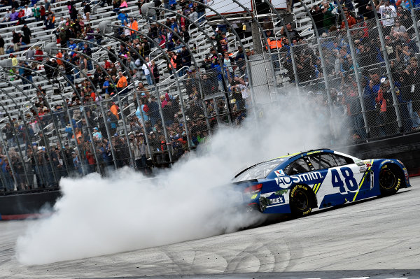 Monster Energy NASCAR Cup Series Food City 500 Bristol Motor Speedway, Bristol, TN USA Jimmie Johnson wins the Food City 500 World Copyright: Rusty Jarrett LAT Images ref: Digital Image 17BMS1rj_8660