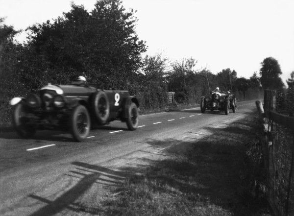 """Le Mans, France. 21st - 22nd June 1930.Frank Clement/Richard Watney (Bentley Speed Six), 2nd position leads Henry Birkin/Jean Chassagne (Bentley C """"Blower""""), retired, action. World Copyright: LAT Photographic.Ref: Autocar Glass Plate."""