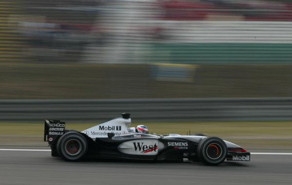 2003 European Grand Prix - Saturday Final Qualifying,Nurburgring, Germany. 28th June 2003 Kimi Raikkonen, Team McLaren Mercedes MP4-17D, action.World Copyright: Steve Etherington/LAT Photographic ref: Digital Image Only