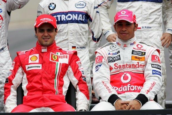 (L to R): Felipe Massa (BRA) Ferrari and Lewis Hamilton (GBR) McLaren at the end of season photograph. Formula One World Championship, Rd 18, Brazilian Grand Prix, Race Day, Interlagos, Sao Paulo, Brazil, Sunday 2 November 2008.