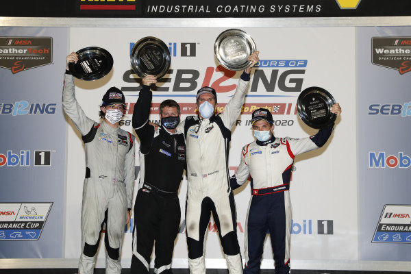 #52 PR1 Mathiasen Motorsports ORECA LMP2 07, LMP2: Patrick Kelly, Simon Trummer, Scott Huffaker, podium