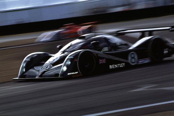 2001 Le Mans 24 Hours Le Mans, France. 16th - 17th June 2001 World Copyright - LAT Photographic ref: 01LM07.