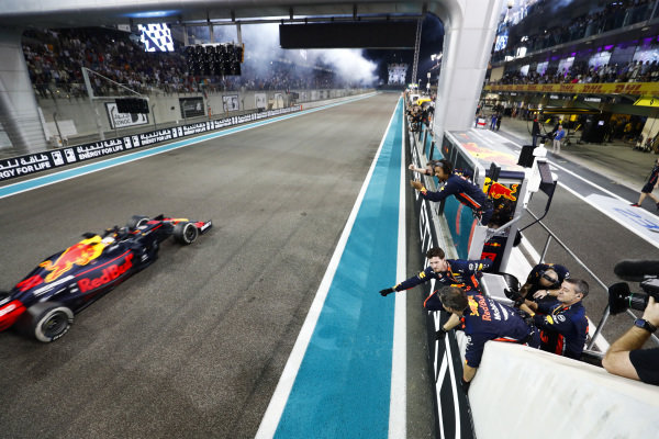 Max Verstappen, Red Bull Racing RB15, 2nd position, passes his team on the pit wall after crossing the line
