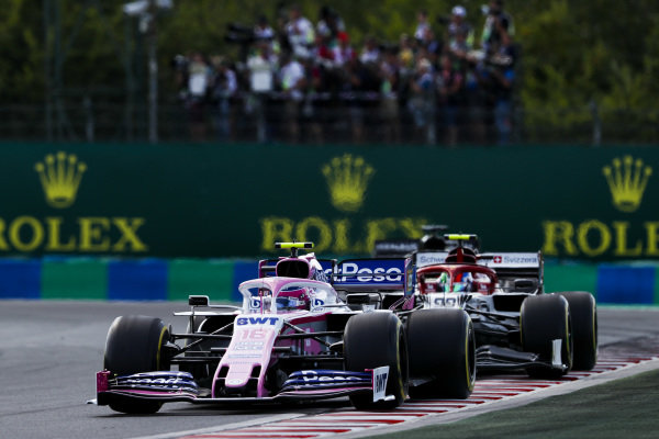 Lance Stroll, Racing Point RP19, leads Antonio Giovinazzi, Alfa Romeo Racing C38
