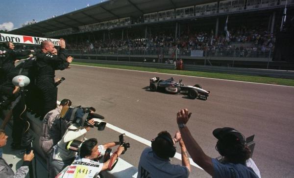 1998 Austrian Grand Prix.A1-Ring, Zeltweg, Austria.24-26 July 1998.Mika Hakkinen (McLaren MP4/13 Mercedes-Benz) 1st position.World Copyright - LAT Photographic