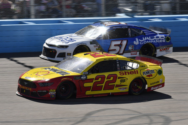 #22: Joey Logano, Team Penske, Ford Mustang Shell Pennzoil and #51: Cody Ware, Petty Ware Racing, Chevrolet Camaro Jacob Companies